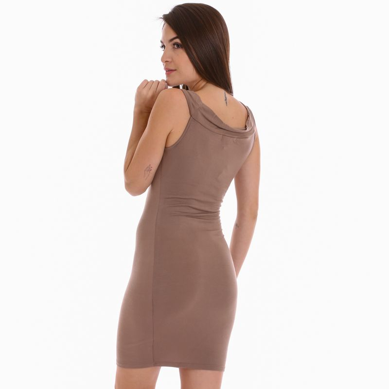 dama-vestidos-chocolate-10754430_2